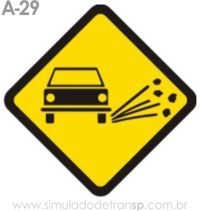 Placa de advertência A-29: Projeção de cascalhos