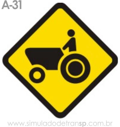 Trânsito de tratores ou maquinária agrícola