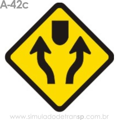 Placa de advertência A-42c: Pista dividida