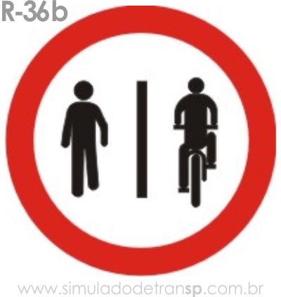Placa de Regulamentação R-36b Pedestres à esquerda, ciclistas à direita - manual brasileiro de sinalização - Simulado Detran SP 2019